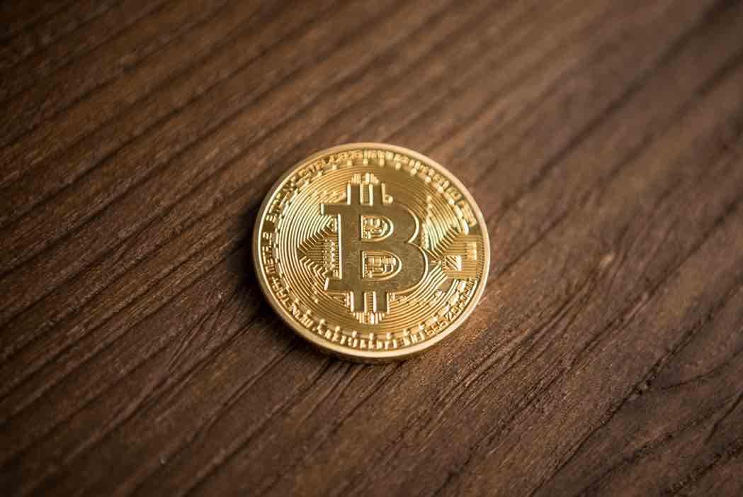 Minister President van Nieuw-Zeeland afgebeeld op Bitcoin nepnieuws website - CryptoBenelux